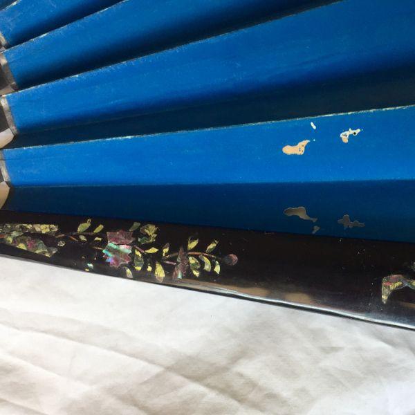 Defecto agujeros en abanico chino antiguo